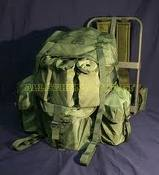 army_back_pack_and_frame12882.jpg